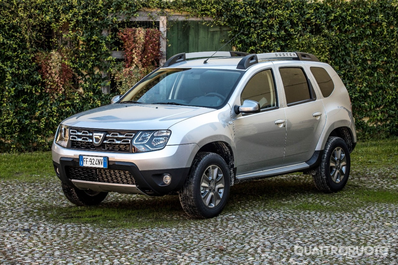 Dacia duster black shadow 2016 foto e immagini for Immagini dacia duster