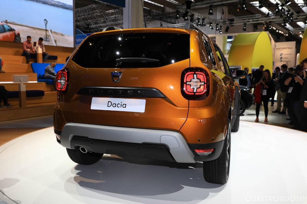 Dacia duster 2017 foto live foto e immagini for Dacia duster 2017 interni