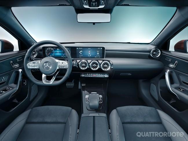2018-Mercedes-Classe-A-L-sedan-22.jpg
