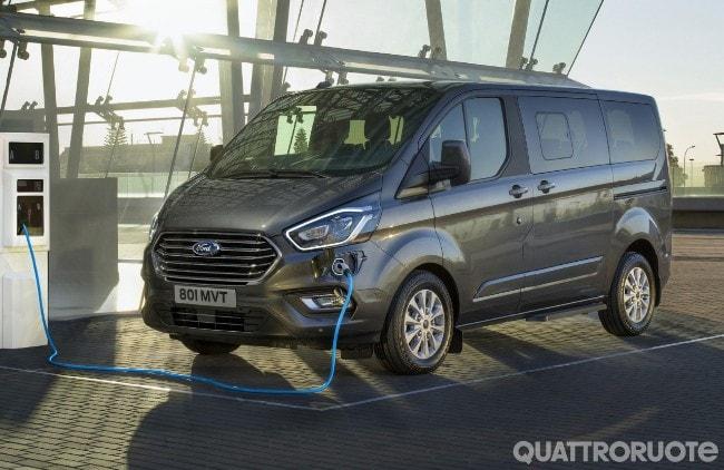 Ford Tourneo Custom Phev 2019 Foto E Immagini Esclusive