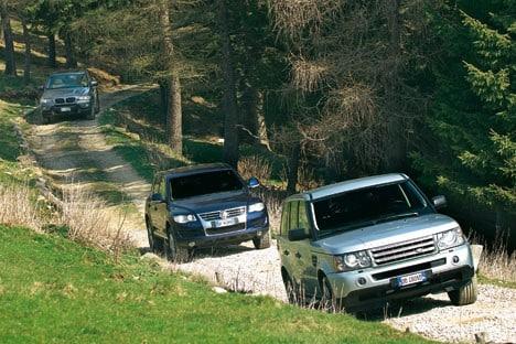 datemi_strada_bmw_x5_land_rover_range_sport_e_volkswagen_touareg