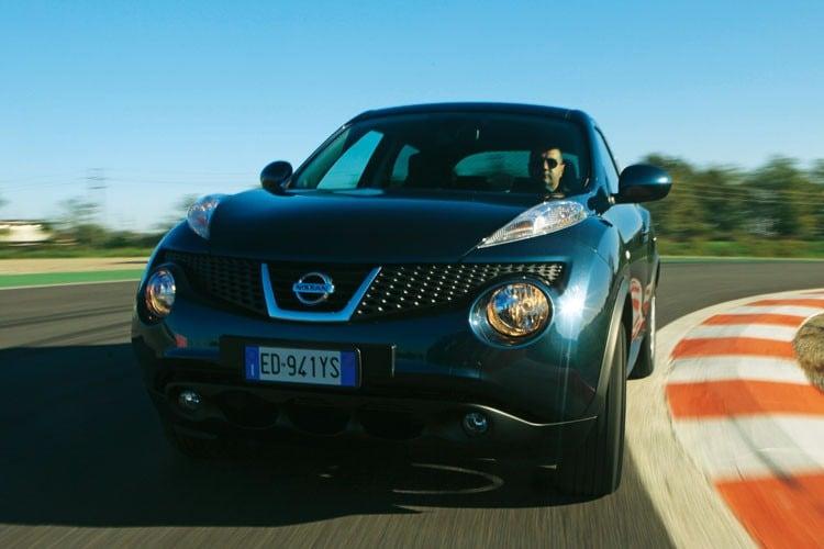 La Prova Della 1 6 16v Tekna Prova E Opinioni Nissan Juke Quattroruote It