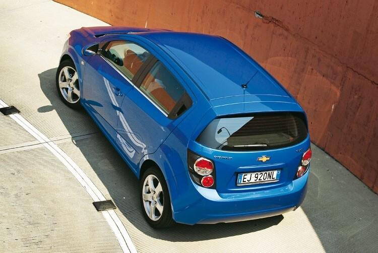 La Nostra Prova Su Strada Prova E Opinioni Chevrolet Aveo 12