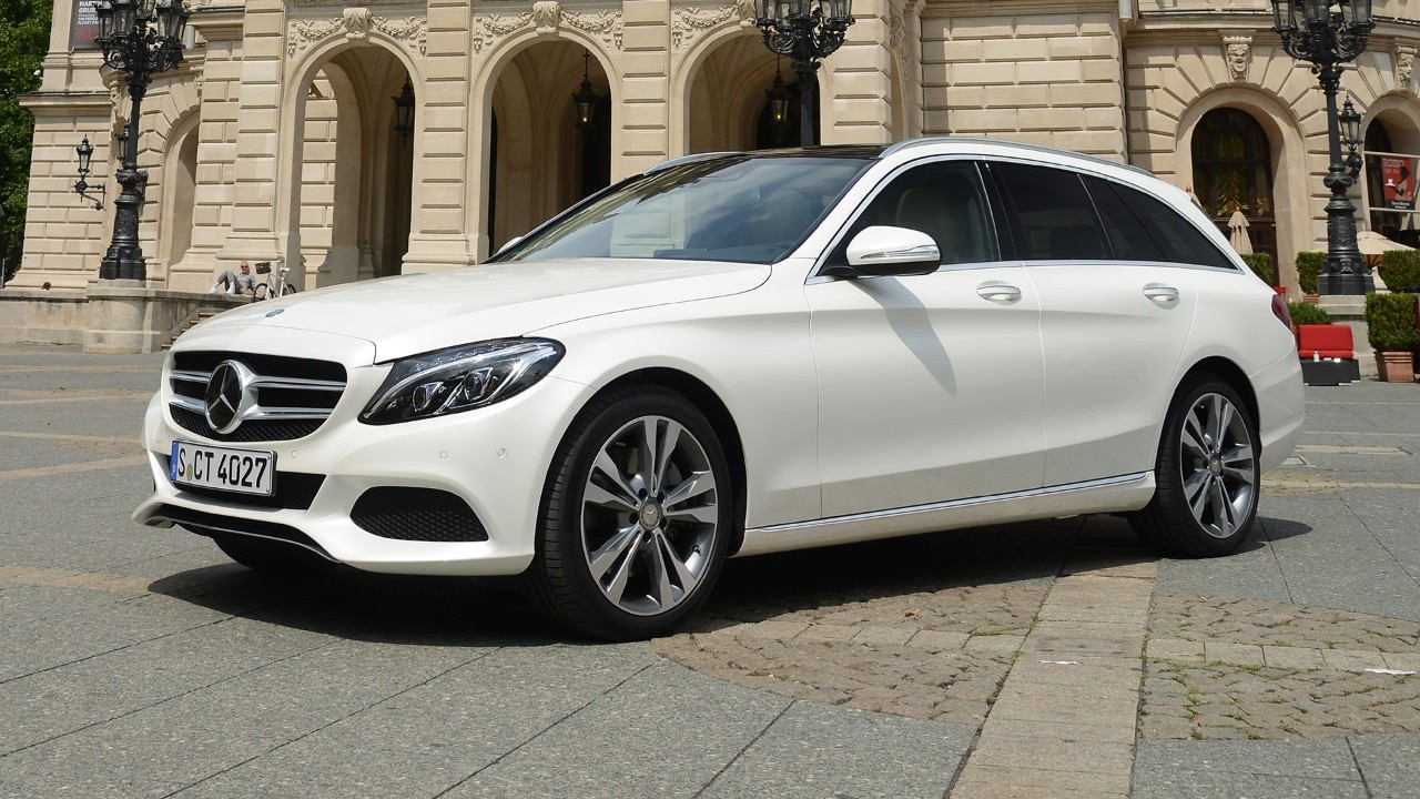 Mercedes benz c300 bluetec hybrid ibrida diesel per le for Mercedes benz independence blvd
