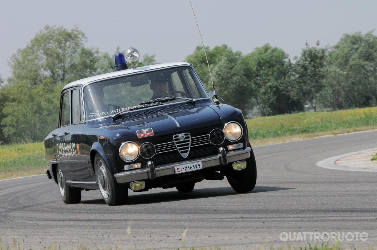 Alfa Romeo Tutte Le Gazzelle Dei Carabinieri