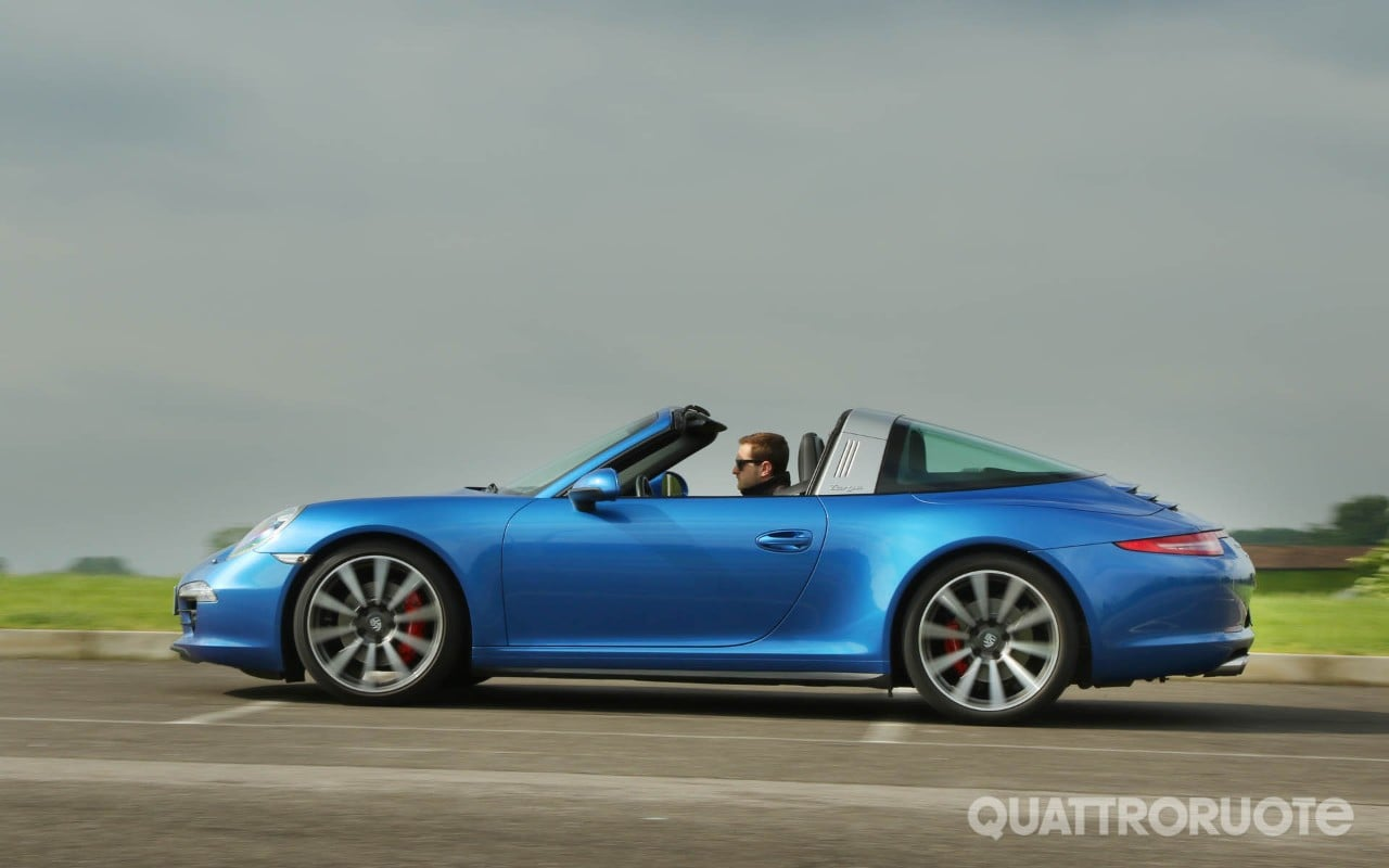 Porsche 911 - Una settimana con la Targa 4S