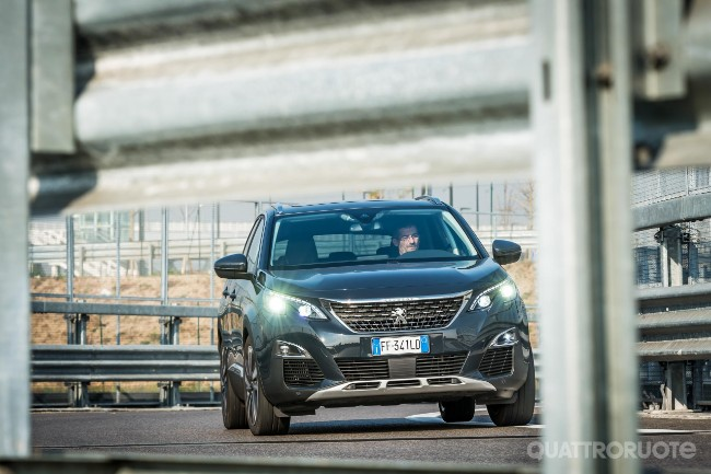 Peugeot 3008 Una Settimana Con La Bluehdi 120 Video