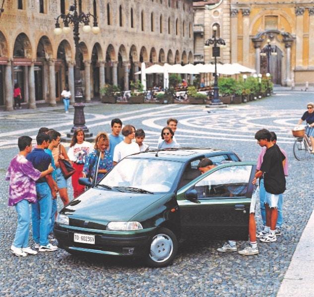 Fiat - Una bella storia, Punto - FOTO GALLERY - Quattroruote.it Fiat Punto Quattroruote on fiat barchetta, fiat bravo, fiat 500 abarth, fiat coupe, fiat linea, fiat x1/9, fiat cinquecento, fiat marea, fiat doblo, fiat spider, fiat 500l, fiat ritmo, fiat panda, fiat 500 turbo, fiat stilo, fiat multipla, fiat seicento, fiat cars,
