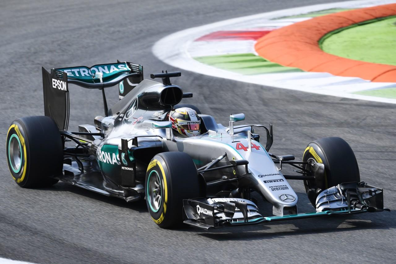 Gp d'Italia Hamilton in pole a Monza. Ferrari in seconda fila
