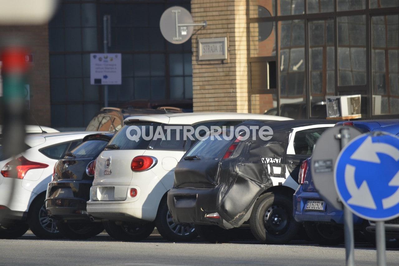 Fiat - Spunta un muletto a Torino: ipotesi 500 cinque porte