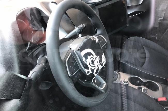 2018-Fiat-500X-spy-2157