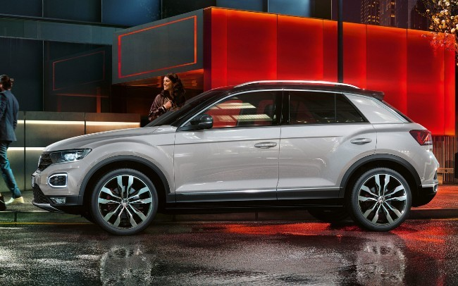 volkswagen t roc esaurite in 100 ore le 190 crossover in prevendita. Black Bedroom Furniture Sets. Home Design Ideas