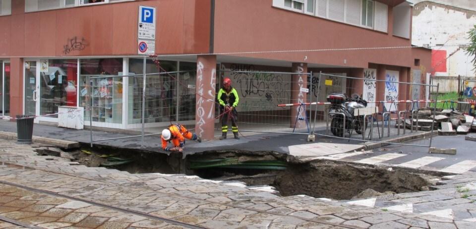 Porta romana il comune il crollo causato da una - Mail box porta romana ...