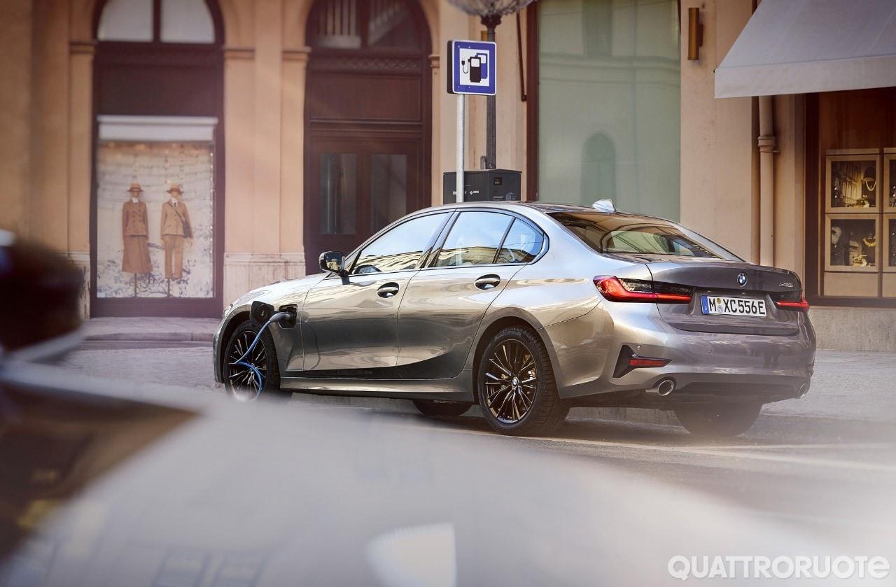 BMW - Dalla Serie 3 alle Suv, tutte le ultime novità della gamma