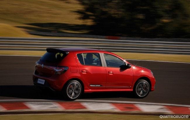 Renault Sandero RS: in Brasile la compatta è anche