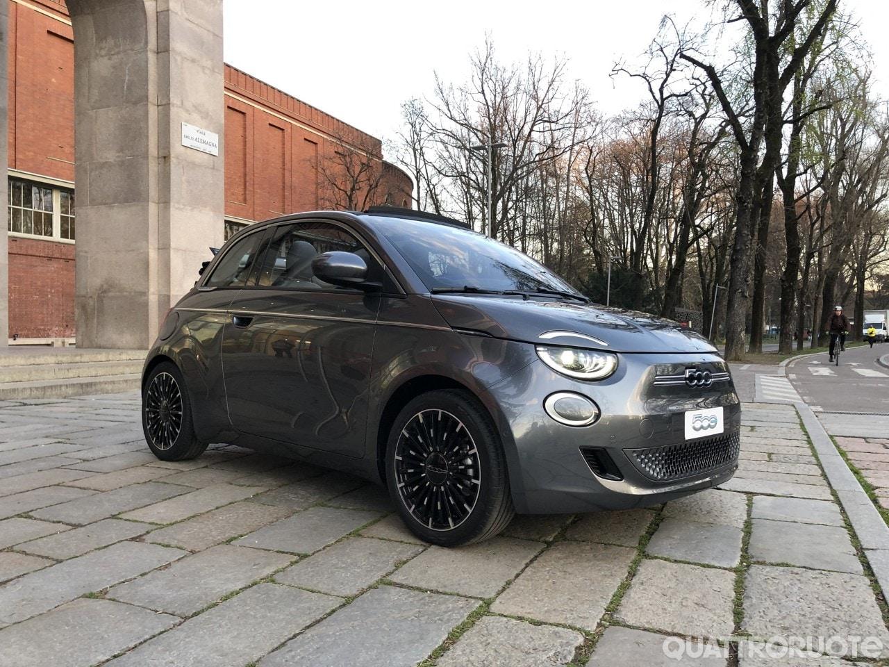 Fiat 500e (2020) 34