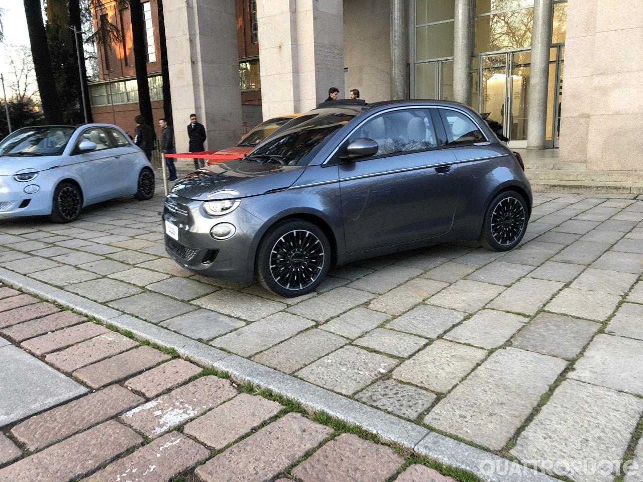 Fiat 500e (2020) 45