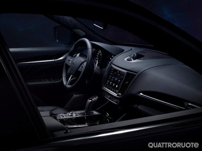 Maserati Levante Hybrid  2021-Maserati-Levante-Hybrid-04