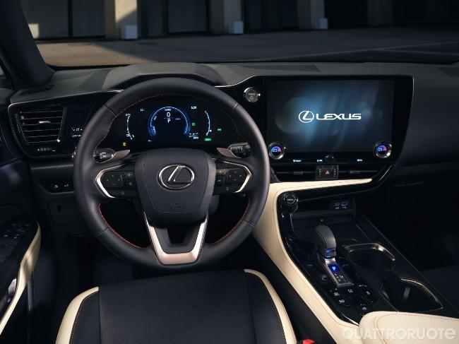 2021-Lexus-NX-04.jpg
