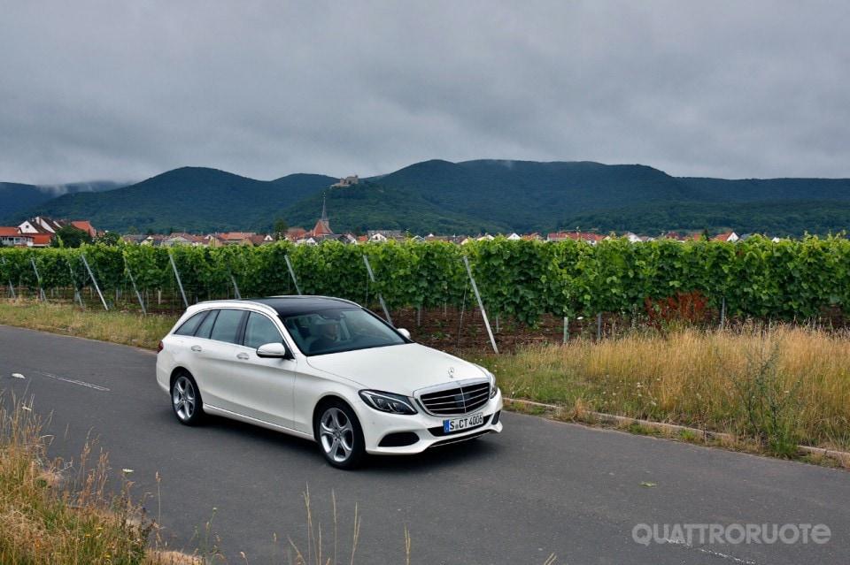 Mercedes benz c250 bluetec sw al volante della nuova for Mercedes benz in vance al