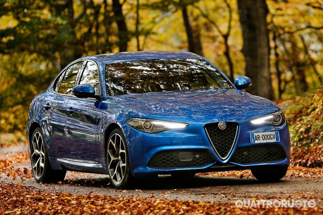 2016-Alfa-Romeo-Giulia-Veloce-TD-12.jpg