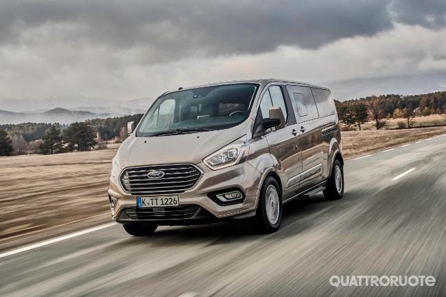 Ford Tourneo Custom Primo Contatto E Opinioni Al Volante Del