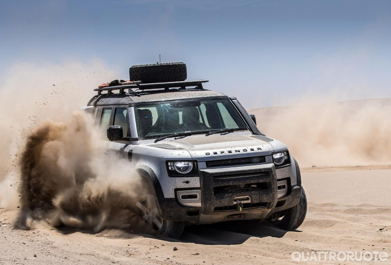 Su Quattroruote di aprile  - Nel deserto della Namibia con la Land Rover Defender - VIDEO