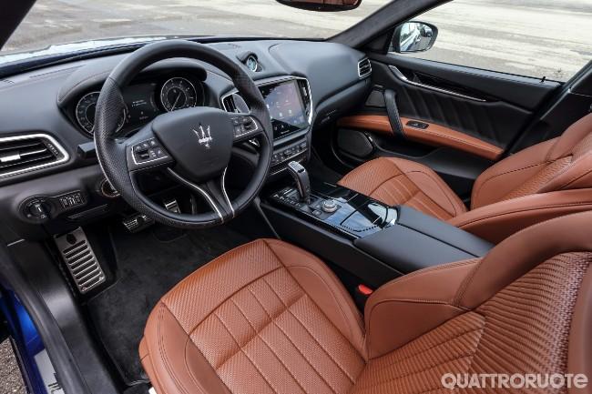 Maserati Ghibli Hybrid  - Pagina 14 2020-Maserati-Ghibli-Hybrid-04