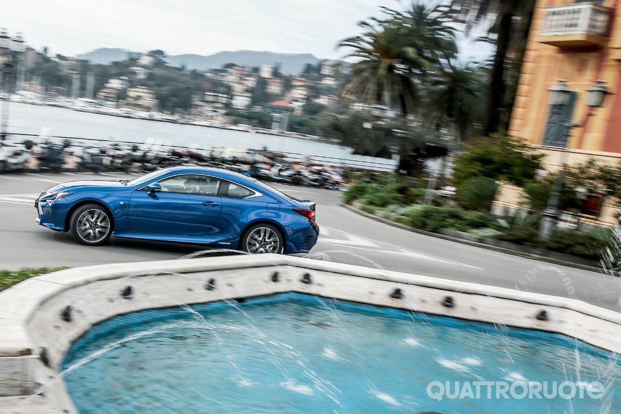 lexus rc hybrid - la video-prova della coupé ibrida da 223 cv