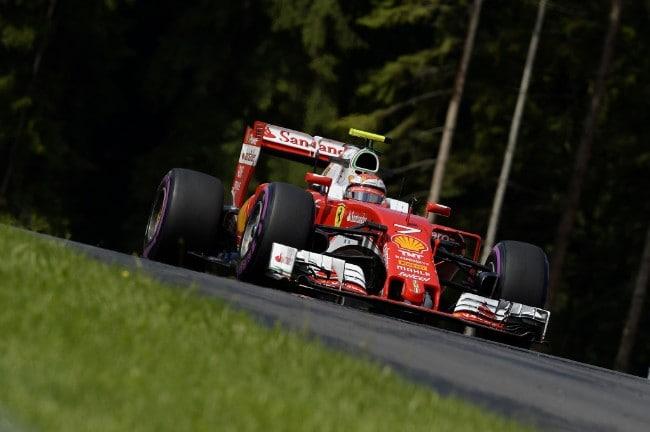 03048a0dac Scuderia Ferrari - Ray-Ban nuovo sponsor del Team di F.1 - Quattroruote.it