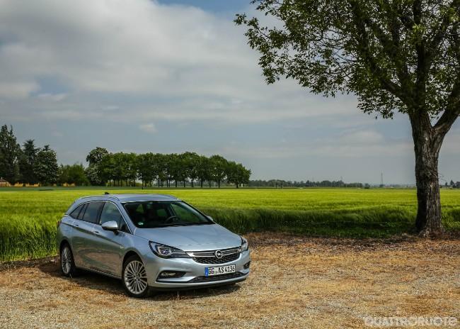 Opel Astra Sports Tourer - Prova e Opinioni - La Prova Della ...