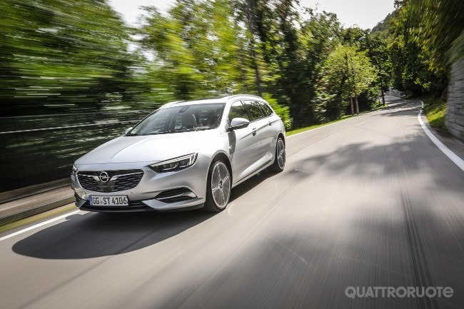 Schemi Elettrici Opel Insignia : Opel insignia sports tourer prova e opinioni la prova della
