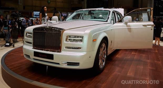 Rolls-Royce Phantom Serenity (live Ginevra 2015)
