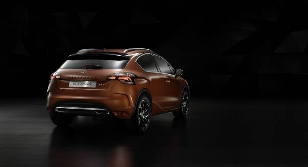 DS 4 Crossback (2015)