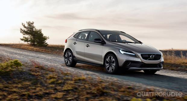 Volvo V40 Cross Country (2016)