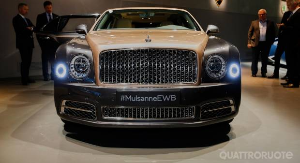 Bentley Mulsanne EWB LIVE