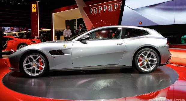 Ferrari GTC4 Lusso T - LIVE
