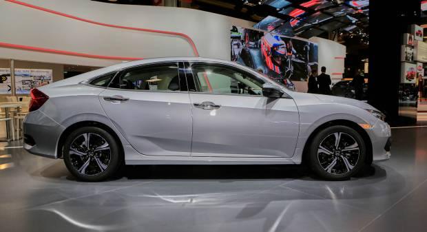 Honda Civic Sedan - LIVE