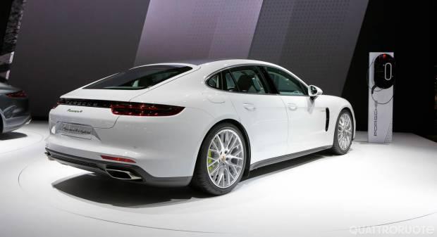 Porsche Panamera e-hybrid - LIVE
