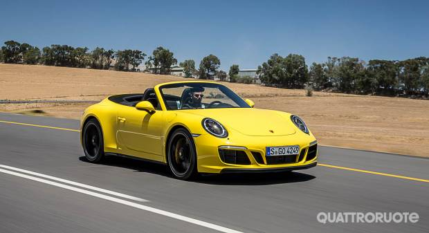 Porsche 911 GTS Cabrio (2017)