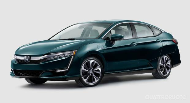 Honda Clarity Plug-in Hybrid (2017)