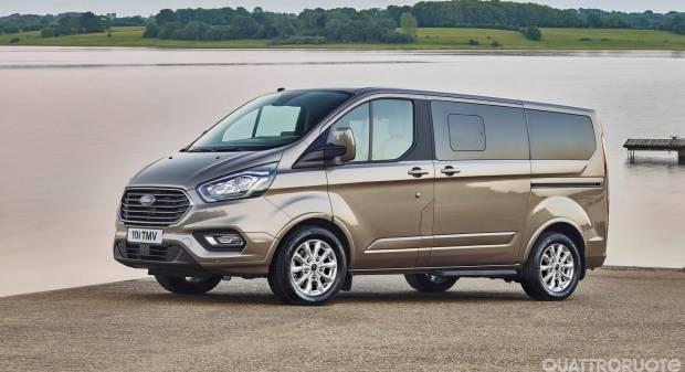 Ford Tourneo Custom (2017)