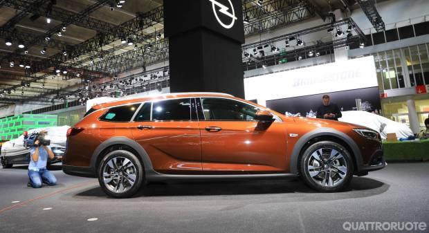 Opel Insignia Country Tourer (2017) - FOTO LIVE