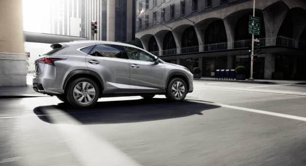 Lexus NX (2017)