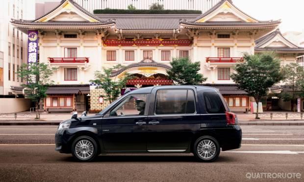 Toyota JPN Taxi (2017)