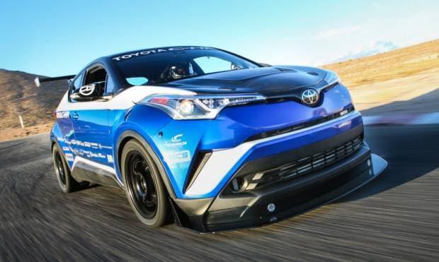 Toyota C-HR R-Tuned (2017)