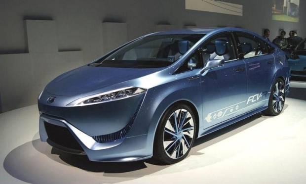 Toyota FCV-R concept Avveniristica berlina a idrogeno [video]
