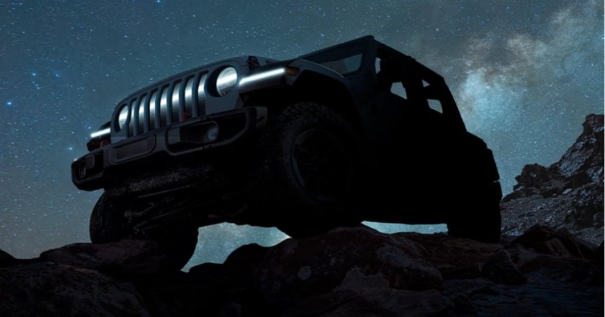 Jeep Wrangler BEV Concept - Un teaser anticipa la fuoristrada elettrica