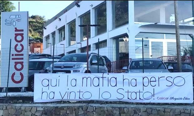 Riapre a Palermo all'insegna della legalità