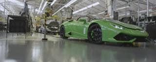 Lamborghini La fabbrica di Sant'Agata come non si era mai vista prima – VIDEO
